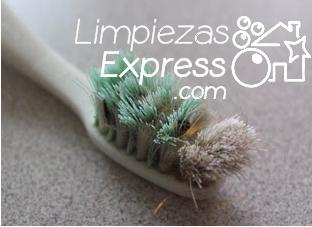 productos de limpieza, limpiar con cepillo dientes, limpiar juntas con cepillo dientes,