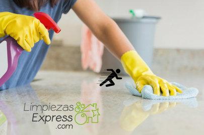 limpieza de encimera de granitco, cuidar encimera de granito, como limpiar encimera después de comer
