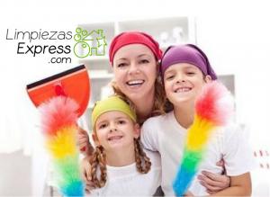 limpieza de la casa con niños, limpiar con niños en casa, actividades de limpieza con niños