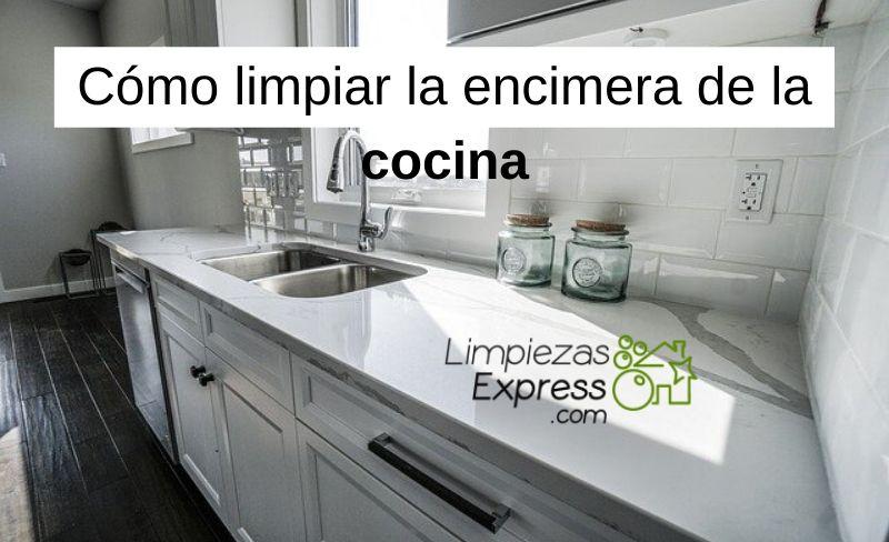 Cómo limpiar la encimera de la cocina