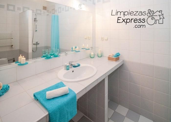 Trucos para limpiar espejos de tu casa y dejarlos impecables - Como limpiar los cristales para que queden perfectos ...