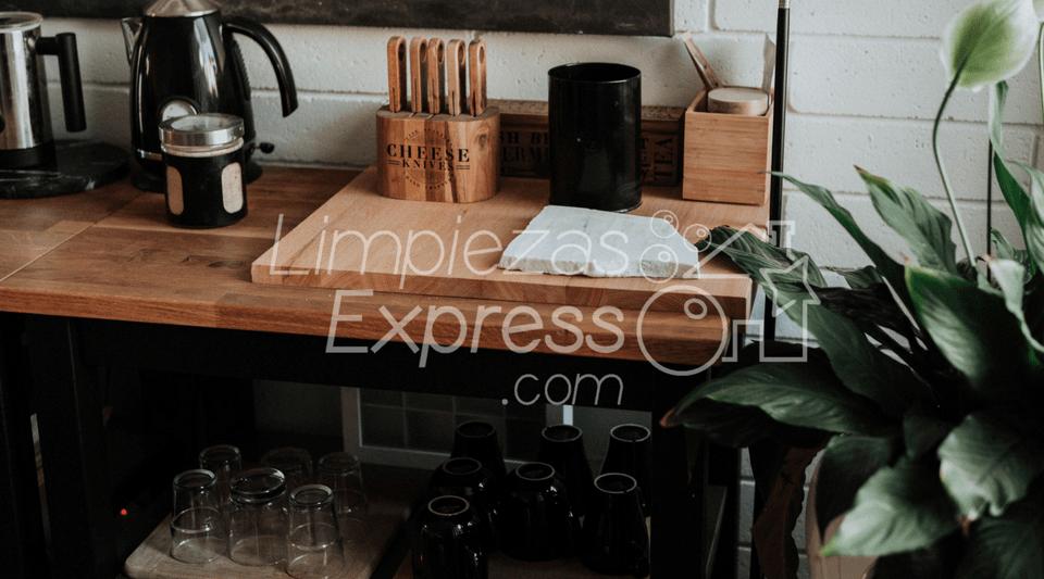 limpiar la casa con rapidez - Limpiezas Express