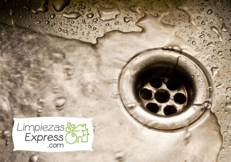 limpiar las áreas más sucias de la casa, cómo limpiar las zonas sucias de una casa, zonas más sucias de una casa, como empezar a limpiar una casa muy sucia, casa desarreglada