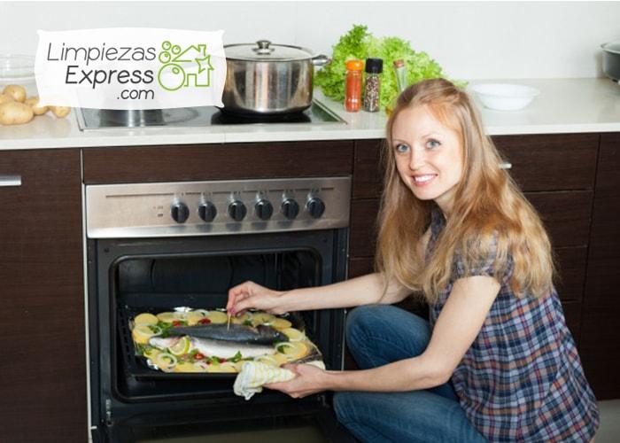 eliminar mal olor del horno, como quitar el mal olor del horno, como eliminar el mal olor del horno