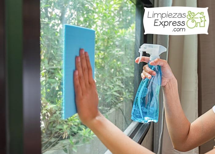 Con que frecuencia limpiar tus ventanas