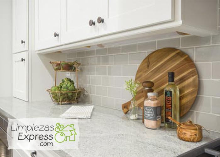 Cómo tener una cocina limpia en 7 sencillos pasos