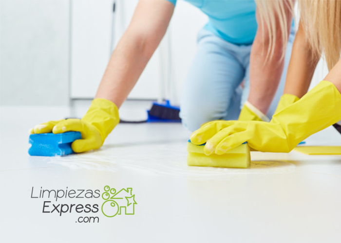 Cómo limpiar el suelo de porcelana II