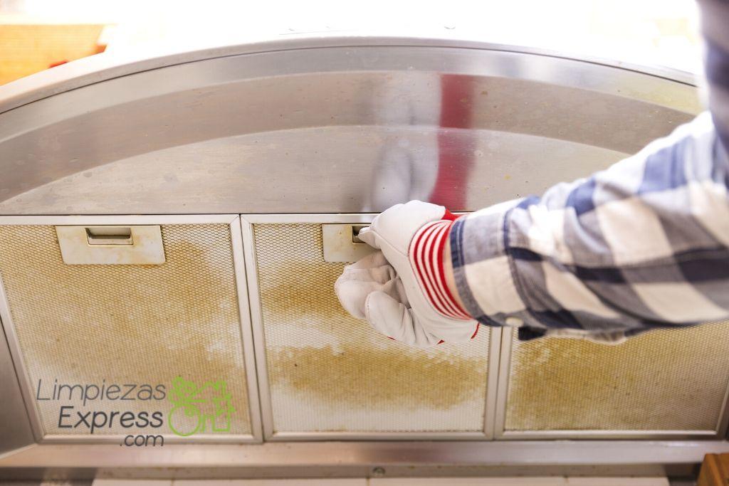 precio limpieza campanas industriales