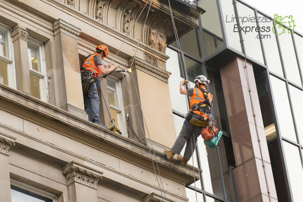 presupuesto de limpieza y rehabilitación de fachadas
