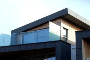 Limpieza de terrazas en viviendas habitadas