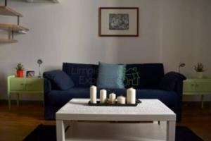 Limpieza de zonas generales en una casa amueblada